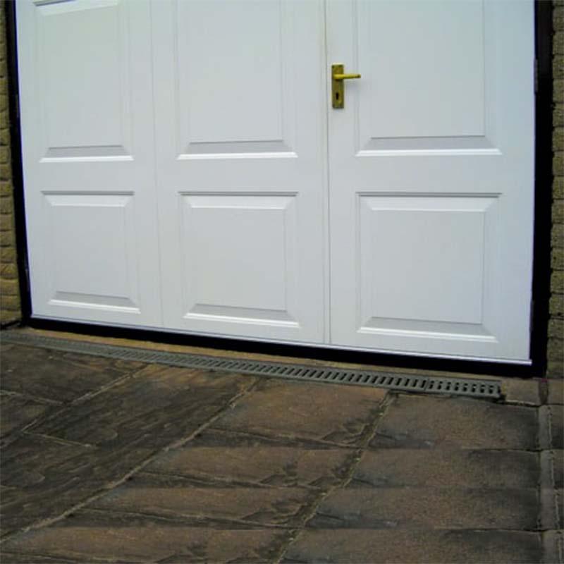 garage door draught excluder brush seal 2514mm 3 x. Black Bedroom Furniture Sets. Home Design Ideas