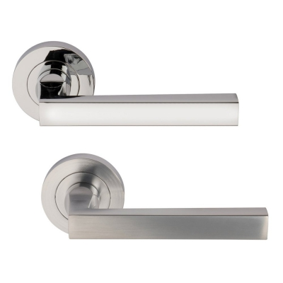 Designer LINEA Internal Door Handle Pair Lever on Rose in Chrome